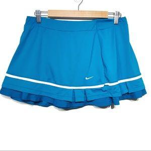 Nike Dri-Fit blue white skort EUC size large